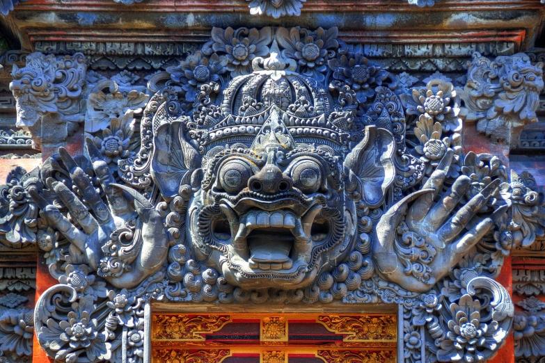 Деталь архитектуры храма Pura Dalem в Убуде