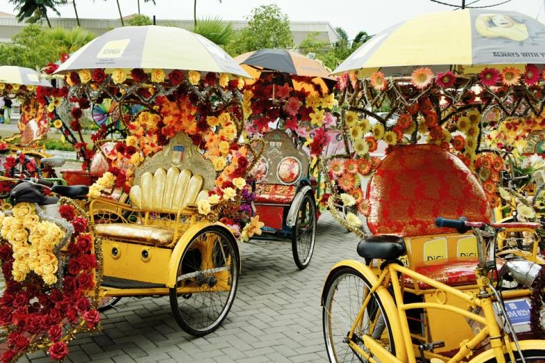 Велорикши в туристическом центре Малакки