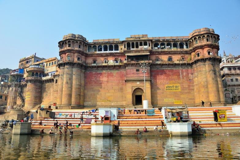 Бхонсале Гхат в священном городе Варанаси