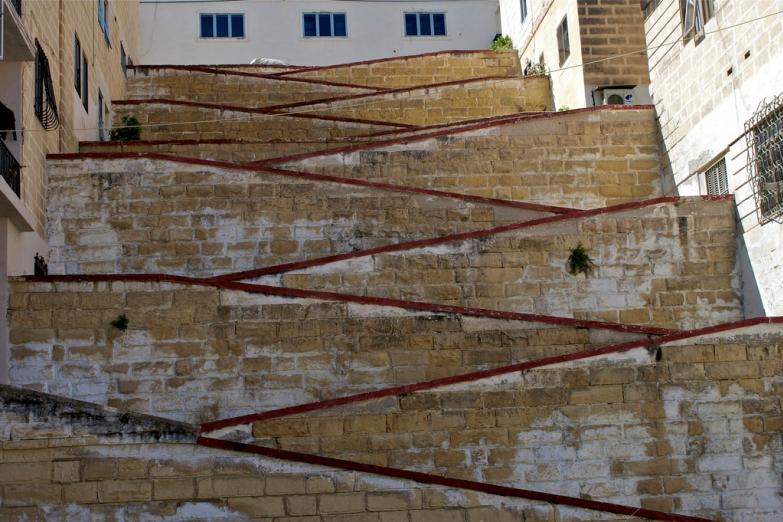 Одна из необычных городских лестниц