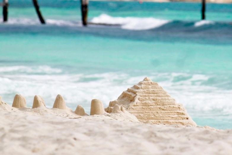 Пирамиды из песка