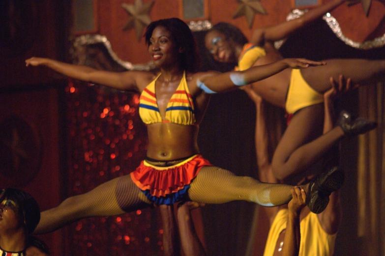 Традиционное шоу танцовщиц
