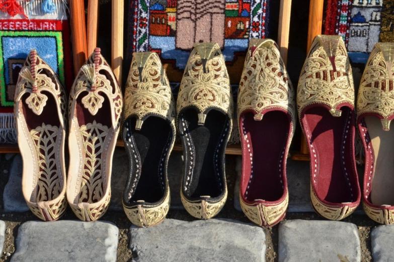 Традиционная обувь - чарыки