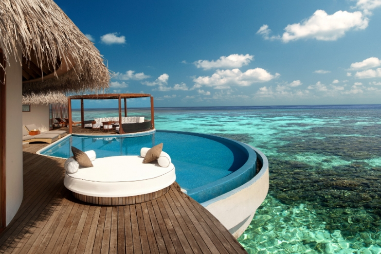 Номер с бассейном в отеле W Retreat & Spa