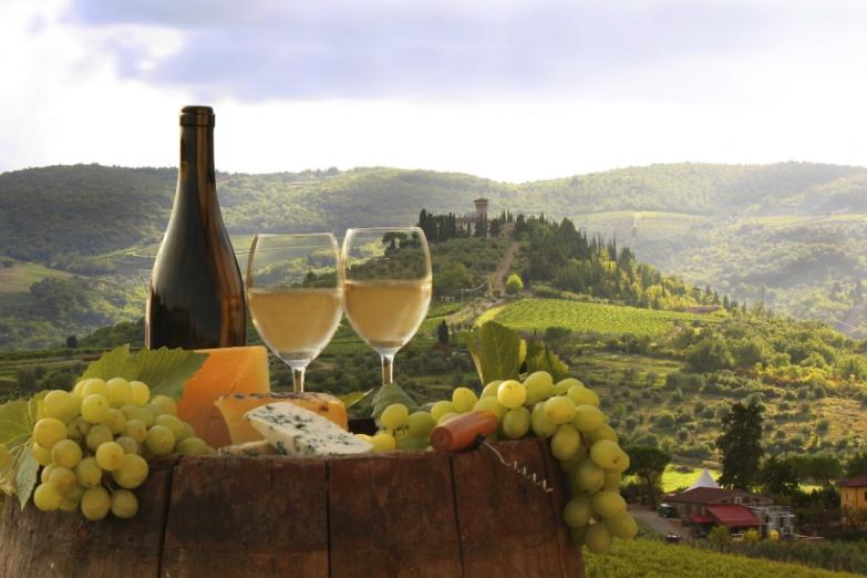 Вино Италии напоено ароматом солнца