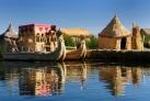 Традиционные лодки из камыша у города Пуно