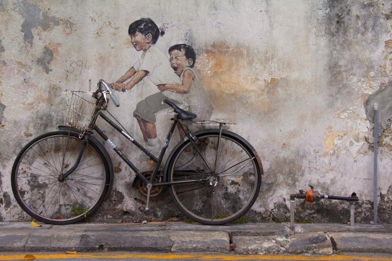Оригинальные граффити на улицах Джорджтауна