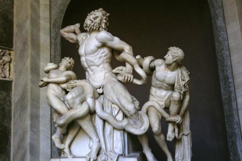 Скульптура «Лаокоон и его сыновья» в Ватиканском музее