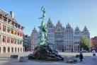 Площадь Гроте-Маркт с фонтаном Брабо