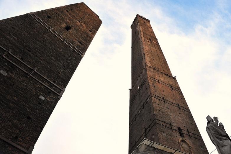Башни в Болонье