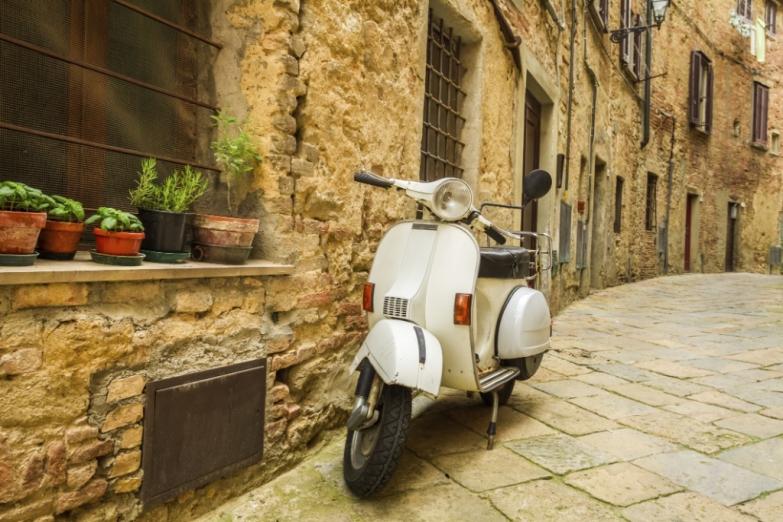 На узких улочках Рима