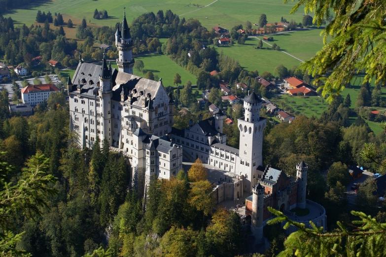 Самый красивый замак Германии находится в 2 часах езды от Мюнхена