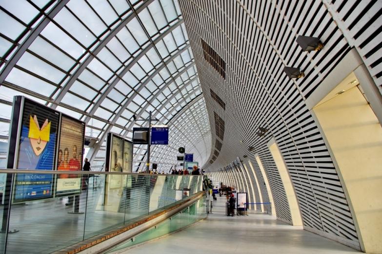 Станция TGV в Авиньоне