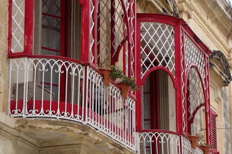 Ажурные старинные балконы
