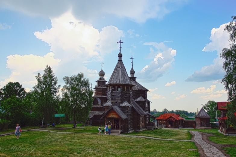 Деревянная архитектура в Суздале