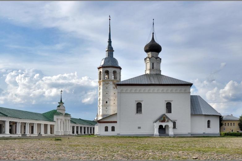 Воскресенская церковь в Суздале