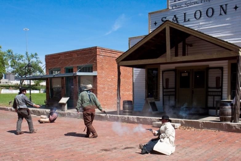 Перестрелка в Dallas Heritage Village