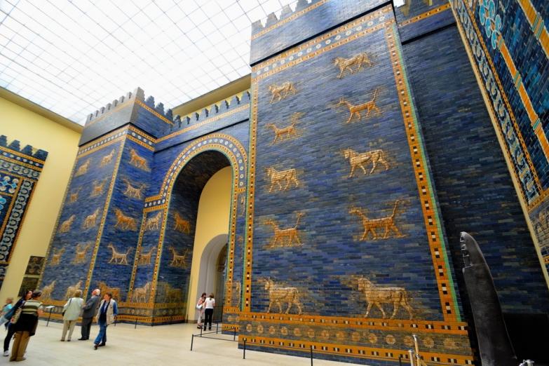 Ворота Иштар из Вавилона в Пергамском музее