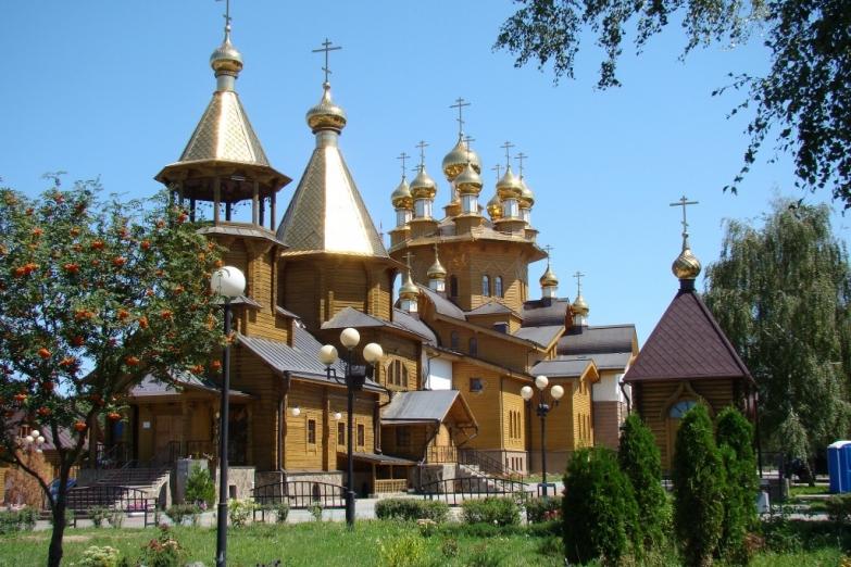 Деревянный храм святых Веры, Надежды, Любови и Софии в Белгороде