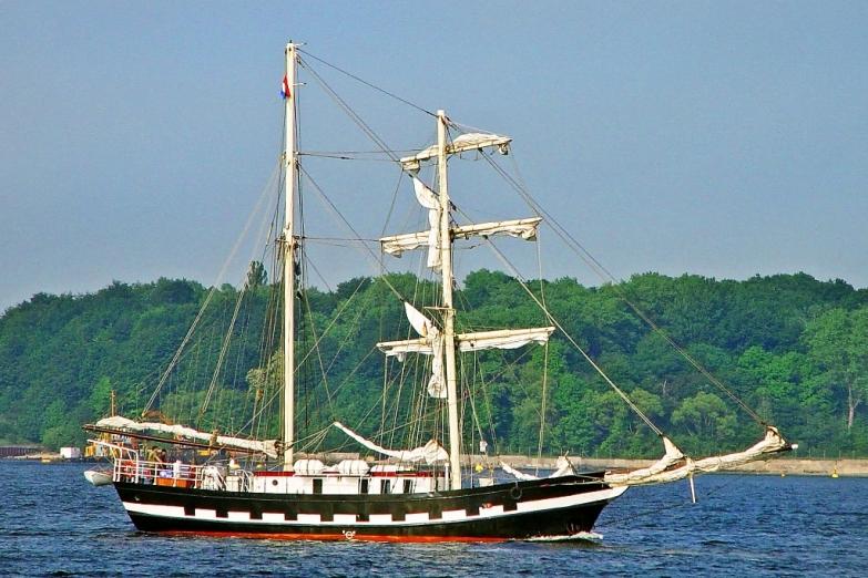 Парад старых кораблей