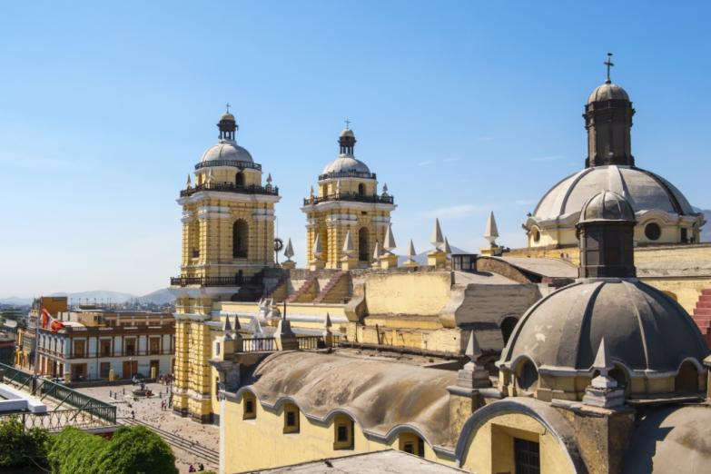 Монастырь Святого Франциско в Лиме
