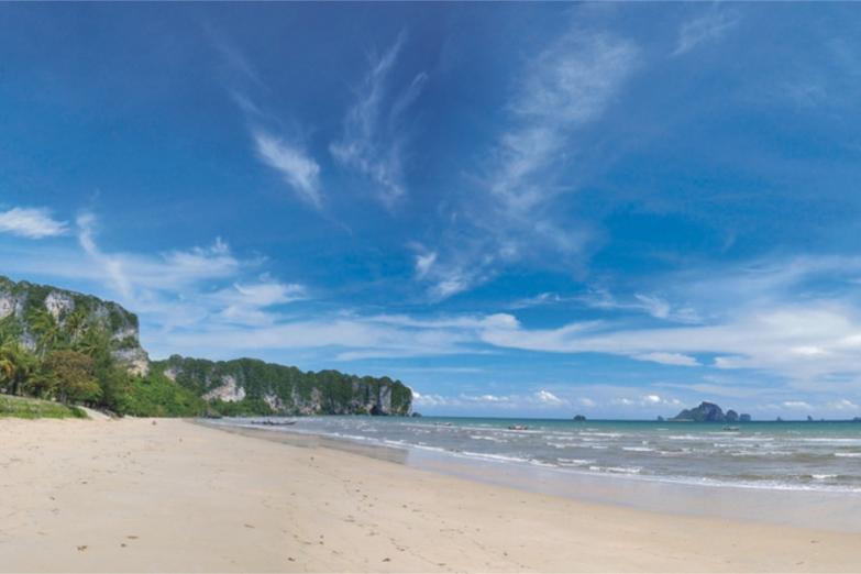 Только солнце, песок и море