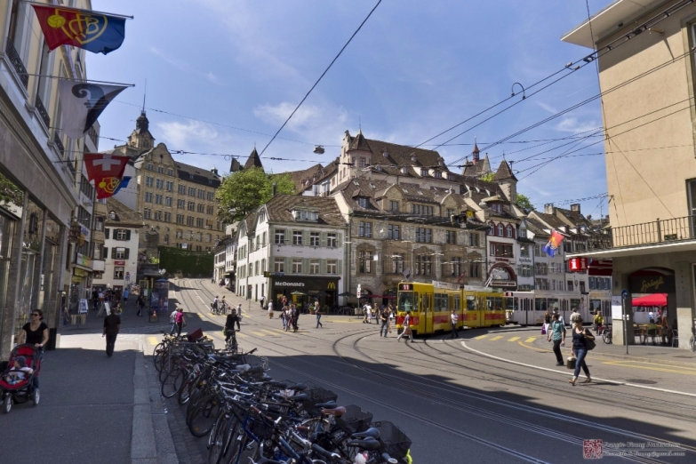 Улица в Базеле