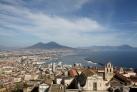 Неаполь и вулкан Везувий