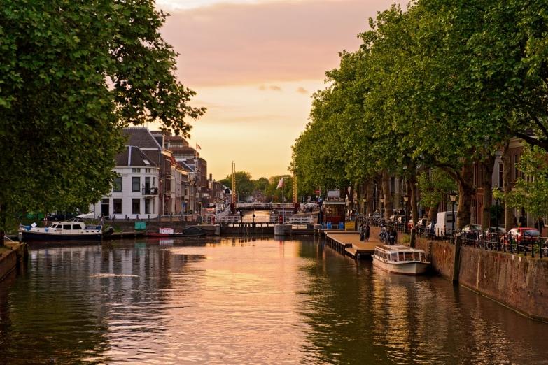 Красивый канал Утрехта