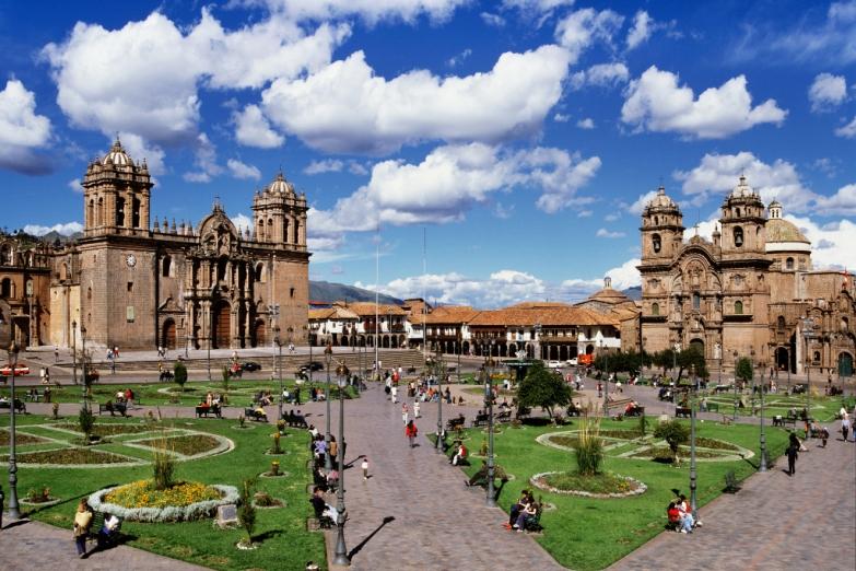 Площадь Армас в Куско