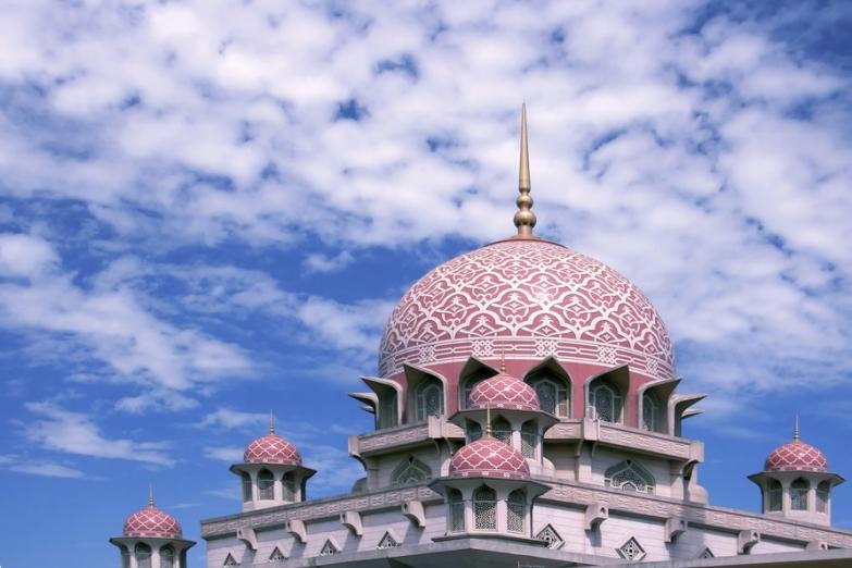 Мечеть Путра в городе Путраджая