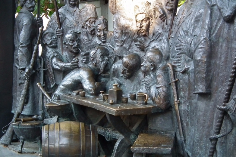 Памятник казакам в Краснодаре