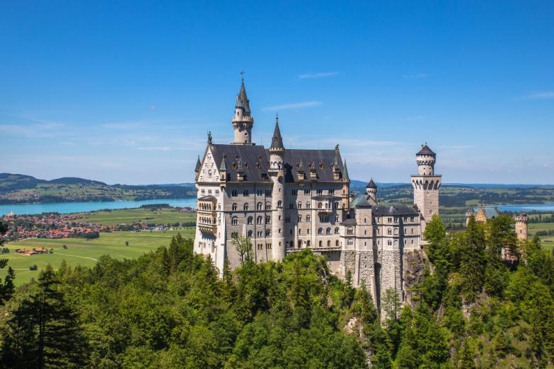 Замок Нойшванштайн - жемчужина Баварии