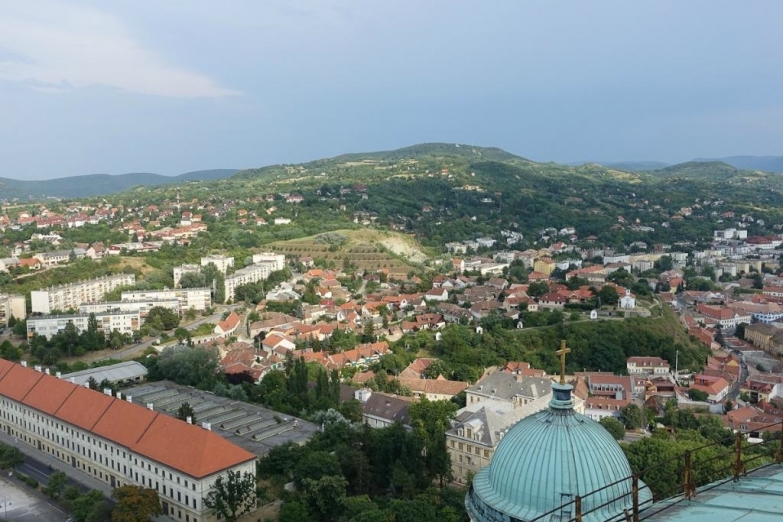 Вид на город с купола Базилики Св. Адальберта
