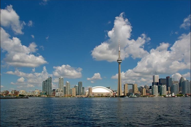 Вид с озера Онтарио