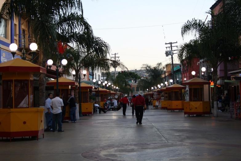 Площадь Санта-Сесилия