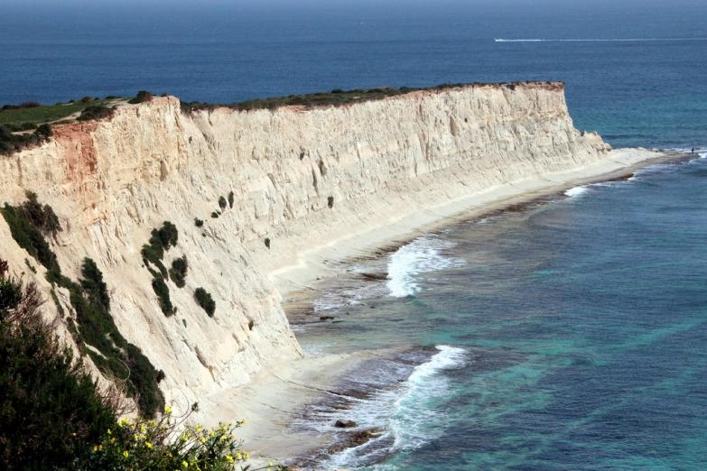 Бухта Сент-Томас Бэй на юге острова Мальта