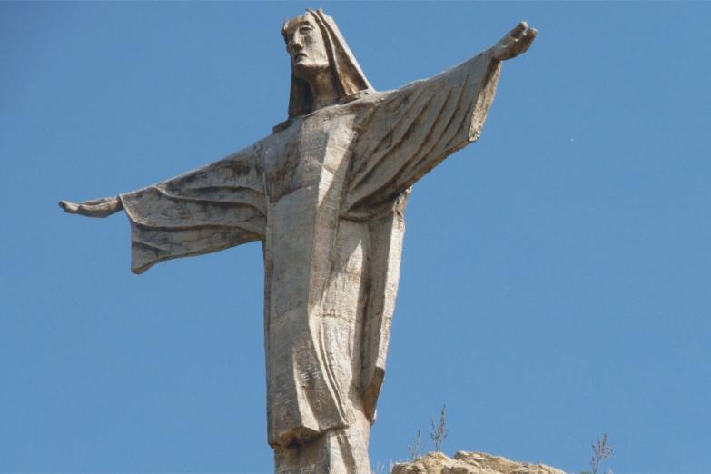 Статуя Христа на холме Tas-Salvatur