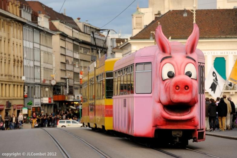 Трамвайчик в Базеле