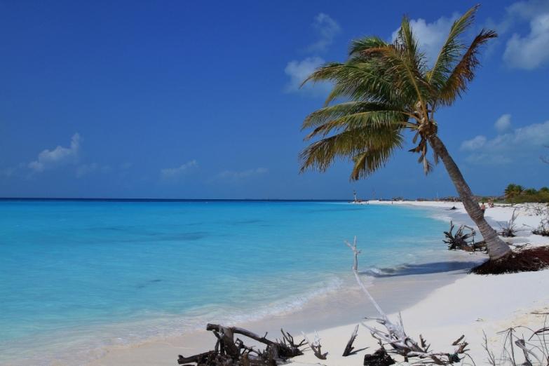 Побережье острова Кайо-Ларго