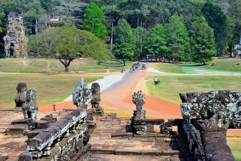 Лестница к храму в Ангкоре