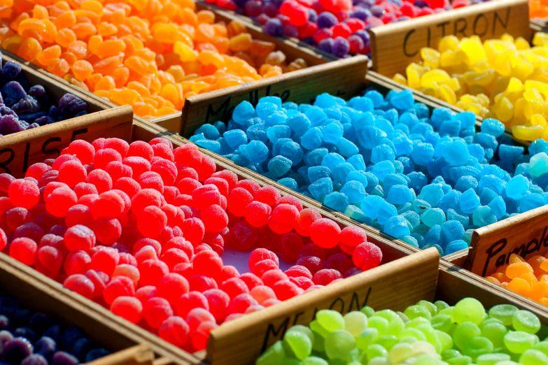 Прилавок с конфетами