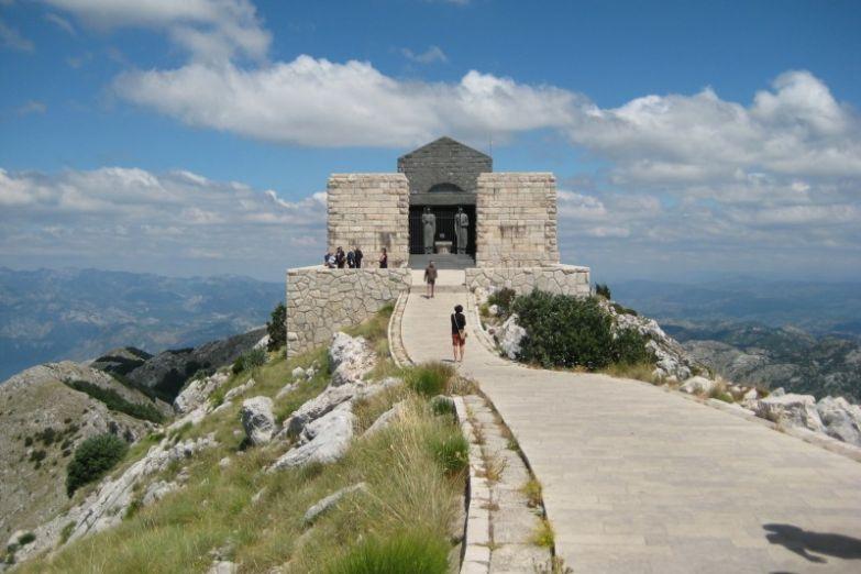 Мавзолей Петра II на горе Ловчен