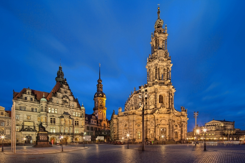 Католическая Придворная Церковь в Дрездене
