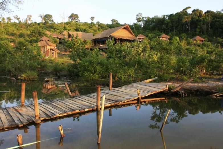 Камбоджийский поселок
