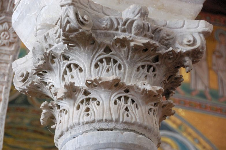 Деталь базилики Святого Ефразиуса