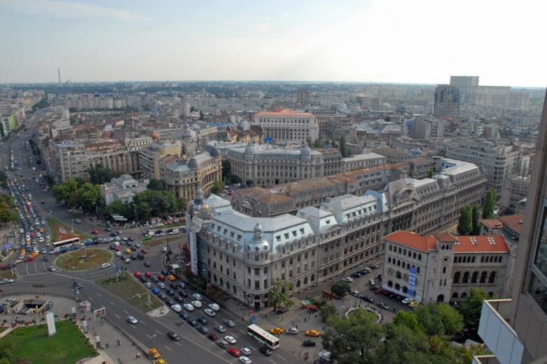 Центральная площадь Бухареста