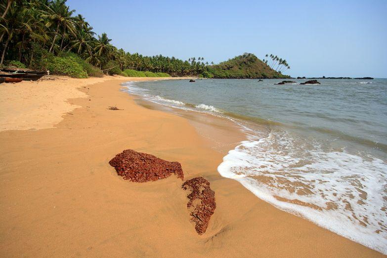 Пляж Кола