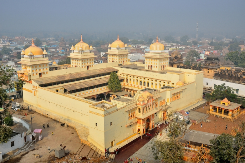 Храм Раджа Рам в городе Орчха