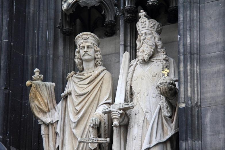 Статуи на Кельнском кафедральном соборе